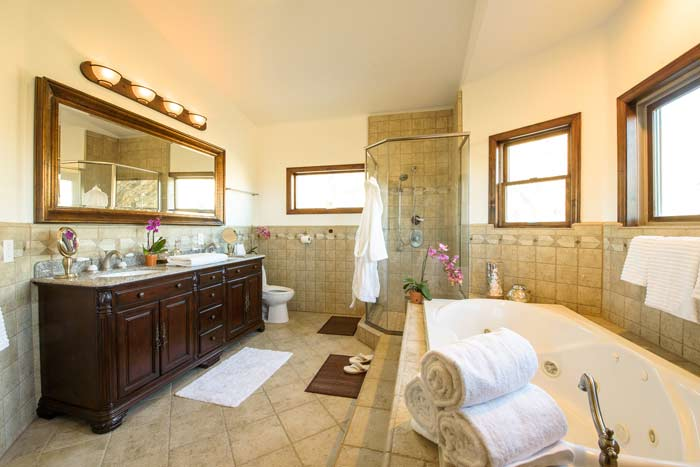 One of Wellness Retreat's luxury bathrooms in California