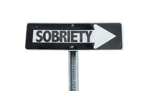 Concentrating on Sober Life in Early Drug and Alcohol Recovery