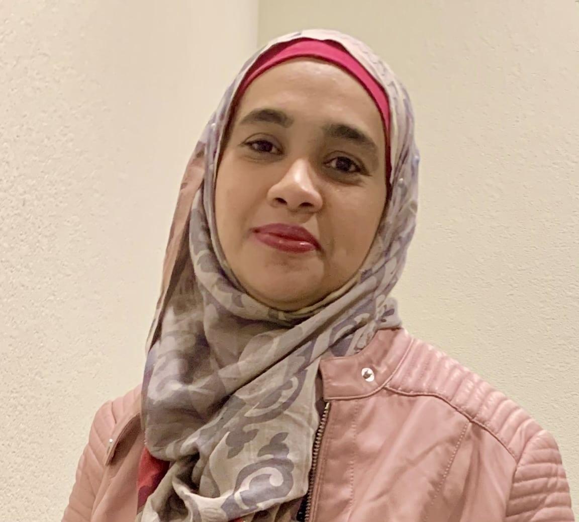 Dr Kanwal Qidwai, MD MS MRO